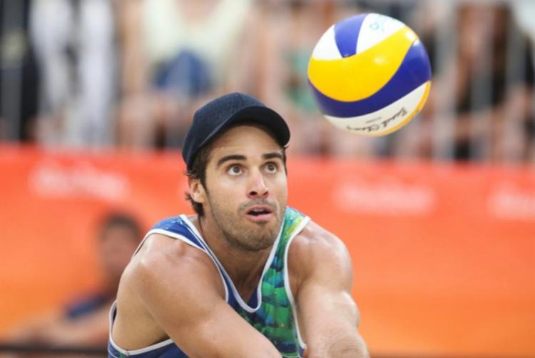 No vôlei de praia masculino, Bruno (foto) e Alison vão em busca do bicampeonato Olímpico, mas com outros parceiros de dupla | Foto: Saulo Cruz | COB - Foto: Saulo Cruz | COB