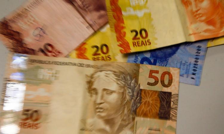 Beneficiários do Bolsa Família com NIS 7 também recebem nesta terça-feira | Foto: Marcello Casal Jr | Agência Brasil - Foto: Marcello Casal Jr | Agência Brasil