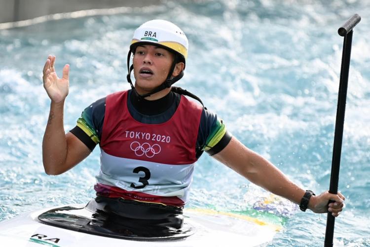 A brasileira entrou para história do esporte ao chegar a final   Foto:Charly Triballeau   AFP - Foto: Charly Triballeau   AFP