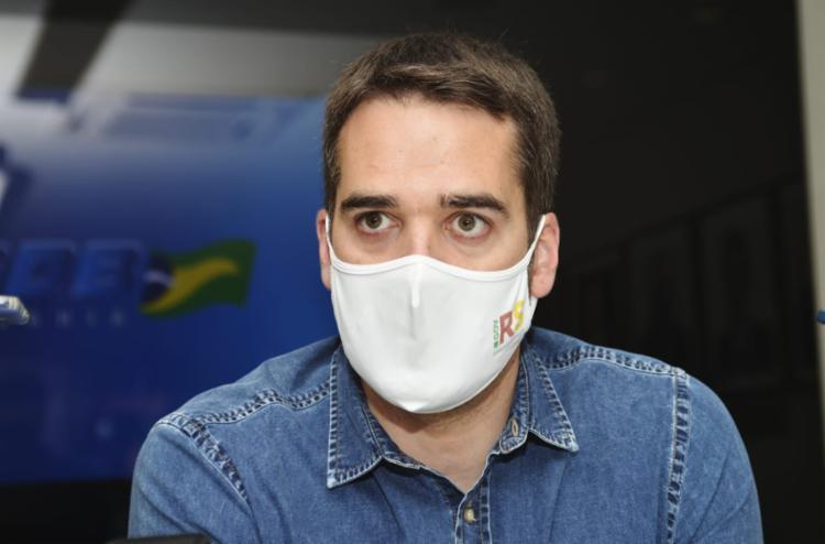 Eduardo Leite disse que é preciso abrir um novo capítulo na política brasileira | Foto: Shirley Stolze | Ag. A TARDE - Foto: Shirley Stolze | Ag. A TARDE