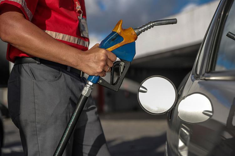 Preços em alta: a gasolina subiu 25% este ano e o etanol 36% | Fotos: Uendel Galter | Ag A TARDE | 16.03.2021 - Foto: Uendel Galter | Ag A TARDE | 16.03.2021