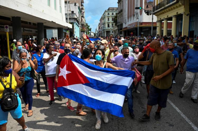 Cuba registrou as maiores manifestações antigovernamentais em décadas | Foto: YAMIL LAGE | AFP - Foto: YAMIL LAGE | AFP