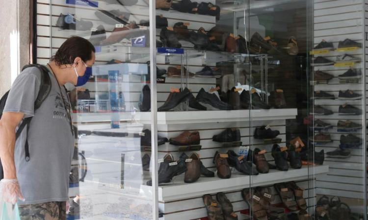 Item que teve a maior queda é o sapato masculino | Foto: Fernando Frazão | Agência Brasil - Foto: Fernando Frazão | Agência Brasil