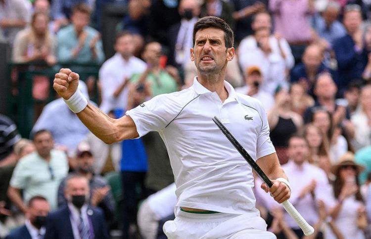 O tenista sérvio, número 1 do mundo, vai lutar por seu 6º título no torneio | Foto: AELTC | Ben Solomon | AFP - Foto: AELTC | Ben Solomon | AFP
