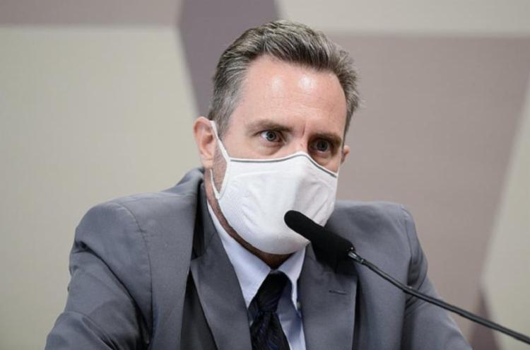 De posse da CPI, a conversa entre os dois, ocorrida no dia 3 de março, mostra que o PM disse a Cristina que as coisas estavam se