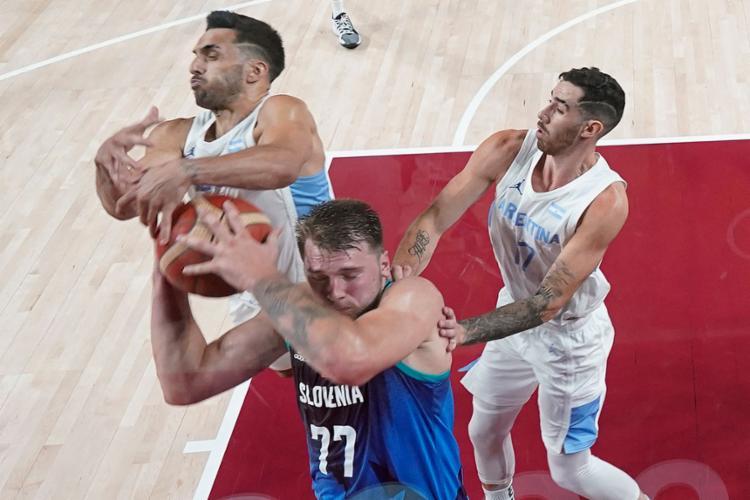 O astro da NBA conseguiu 48 pontos, 11 rebotes e 5 assistências em 31 minutos | Foto: Charlie Neibergall | AFP - Foto: Charlie Neibergall | AFP