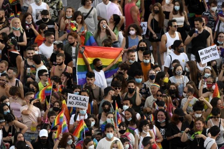 Após a morte, milhares de pessoas se reuniram para protestar contra o ataque e pedindo justiça | Foto: Oscar Del Pozo | AFP - Foto: Oscar Del Pozo | AFP