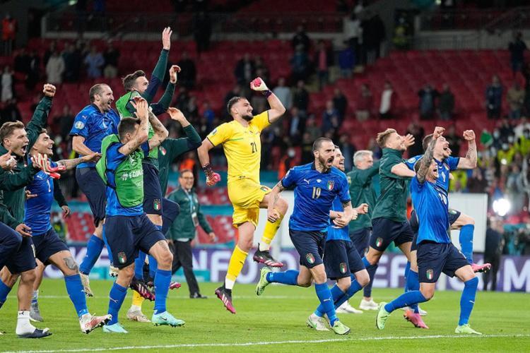 As duas equipes empataram em 1 a 1 após o tempo regulamentar e a prorrogação   Foto: Frank Augstein   AFP - Foto: Frank Augstein   AFP