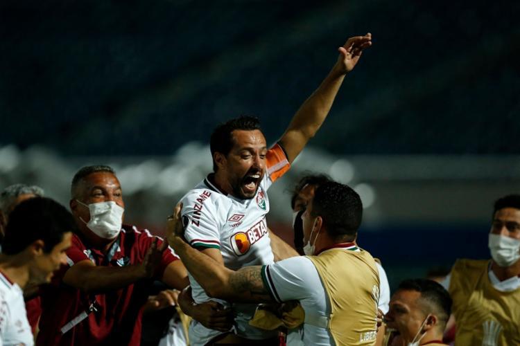 Com gols de Nenê (foto) e Egídio, Tricolor triunfa no Paraguai | Foto: Cesar Olmedo | AFP - Foto: Cesar Olmedo | AFP
