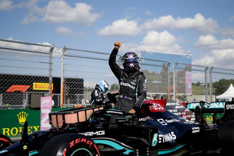 Hamilton vai lutar por uma histórica 100ª vitória em GPs | Foto: David Cerny | AFP - Foto: David Cerny | AFP