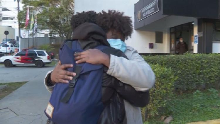 Gessica Barbosa afirmou à polícia que estava em casa cuidando da filha de 3 anos e do irmão no momento do ato | Foto: Reprodução | TV Globo - Foto: Reprodução | TV Globo