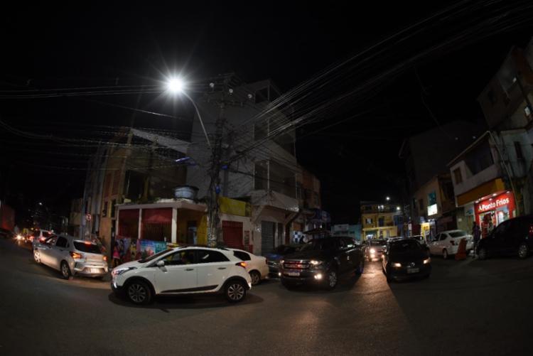 A iniciativa ocorreu através do programa 'Iluminando Nosso Bairro' | Foto: Betto Jr. | Secom - Foto: Betto Jr. | Secom