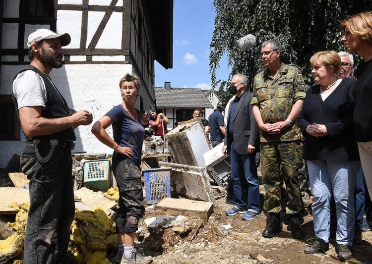 Ao menos 156 pessoas morreram desde quarta-feira nas piores inundações na história recente do país | Foto: Christof Stache | AFP - Foto: Christof Stache | AFP