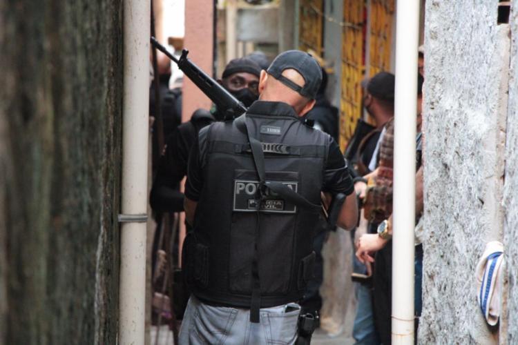 Suspeitos foram presos em Periperi, no Subúrbio Ferroviário após ações de inteligência da Polícia Civil - Foto: SSP