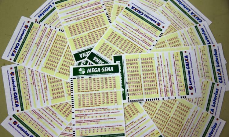 O sorteio do concurso 2.393 será realizado a partir das 20h (horário de Brasília) - Foto: Marcello Casal Jr | Agência Brasil