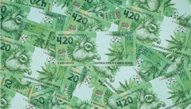 A nota falsa é verde e tem desenhos de bicho-preguiça e de folhas de maconha | Foto: Divulgação - Foto: Divulgação
