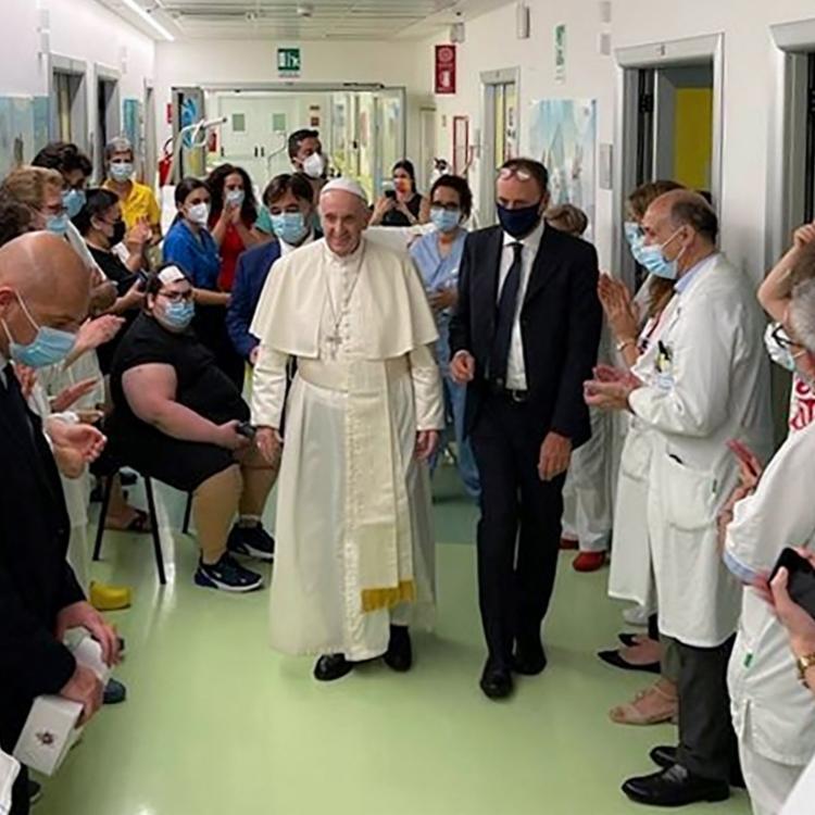Papa ficou internado por mais de uma semana | Foto: AFP Photo | Vatican Media - Foto: AFP Photo | Vatican Media