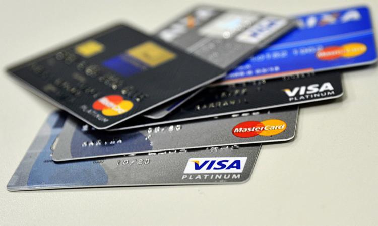 Dívidas com cartão de crédito bateram recorde | Foto: Marcello Casal Jr | Agência Brasil - Foto: Marcello Casal Jr | Agência Brasil