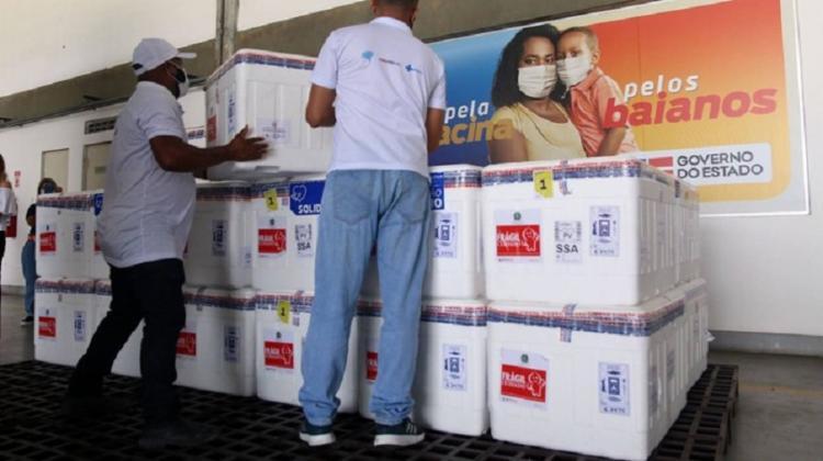 Novas doses da vacina da Janssen chegaram em Salvador neste sábado - Foto: Divulgação