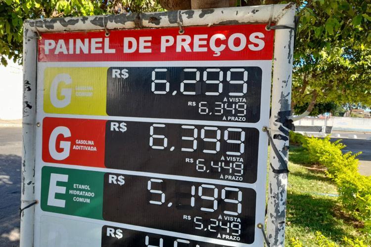 Em todo o Estado, a ANP consultou preços em 13 municípios no decorrer da semana. - Foto: Achei Sudoeste/Lay Amorim
