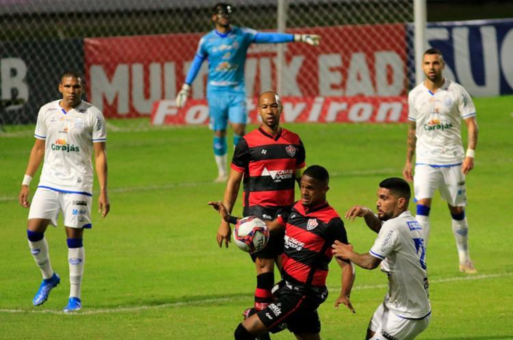 No Rei Pelé, Rubro-Negro perde com gol aos 44 do segundo tempo e sente bafo do Z4 no cangote - Foto: Ailton Cruz/ Gazeta de Alagoas