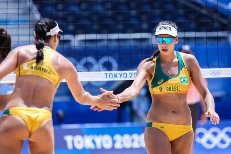 A dupla brasileira só vai conhecer as adversárias nas oitavas de final após os jogos desta sexta-feira | Foto:Wander Roberto | COB - Foto: Wander Roberto | COB