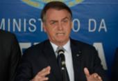 Bolsonaro diz que não aceita intimidações e ataca Barroso: