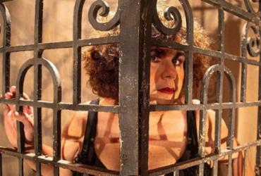 Com atriz Zeca de Abreu, A Filha da Monga tem estreia virtual nesta quinta-feira | Gabrielle Guido | Divulgação