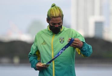 Baiana Ana Marcela retorna neste sábado e desfila em carro dos bombeiros em Santos | Oli Scarff | AFP