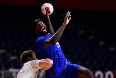 Handebol: França vence Dinamarca e conquista o ouro no masculino | Fabrice Coffrini | AFP