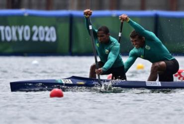 Em Tóquio, Isaquias Queiroz e Jacky Godmann vencem e vão à semifinal | Philip Fong | AFP