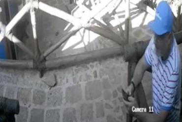 Câmeras de segurança flagram Vilas-Boas invadindo restaurante em Frades; vídeo |