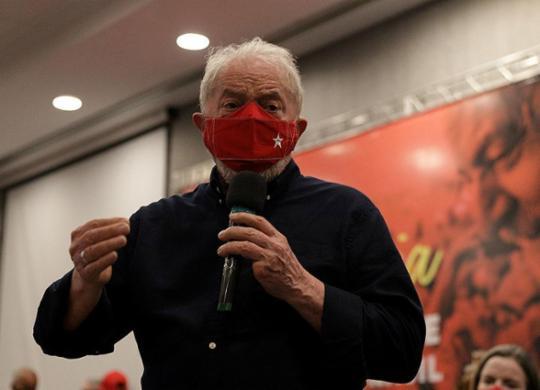 """Lula diz não participar de atos pró-impeachment por """"orientações médicas""""   Uendel Galter   Ag. A TARDE"""