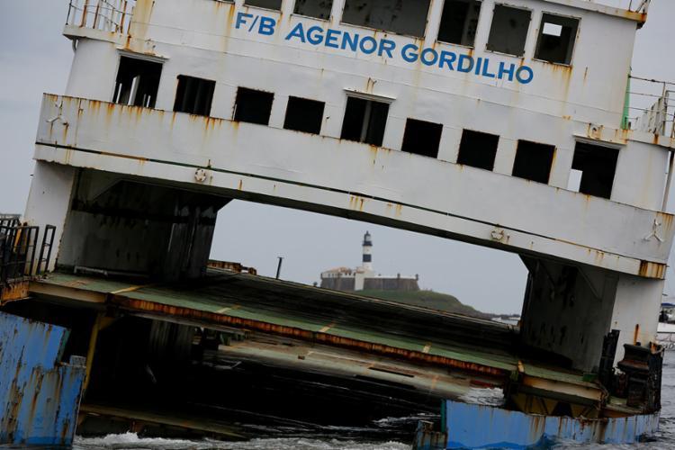 """Rafael Martins registrou o """"adeus"""" ao ferry Agenor Gordilho durante afundamento"""
