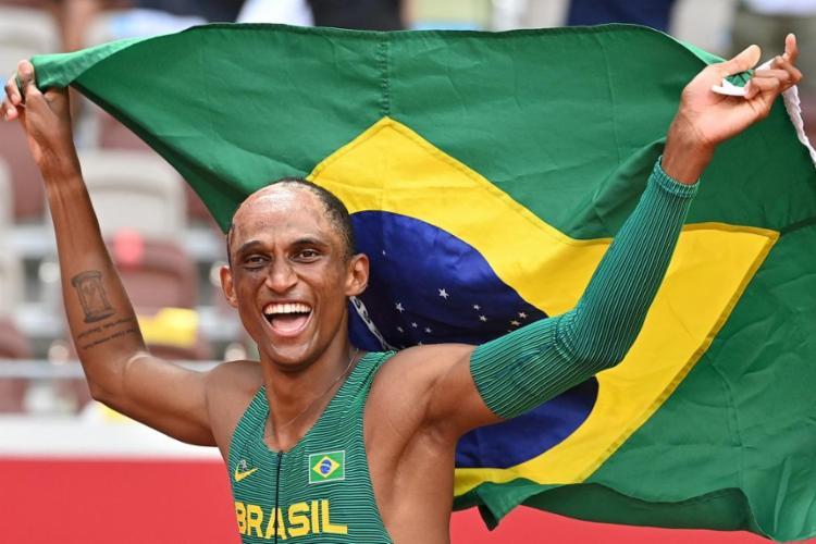 Brasileiro completou a prova em 46s72, terceira melhor marca da história da prova | Foto: Andrej Isakovic | AFP - Foto: Andrej Isakovic | AFP