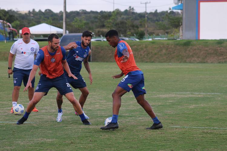 Reservas do Bahia treinaram com bola na Cidade Tricolor   Foto: Bruno Queiroz   EC Bahia - Foto: Bruno Queiroz   EC Bahia