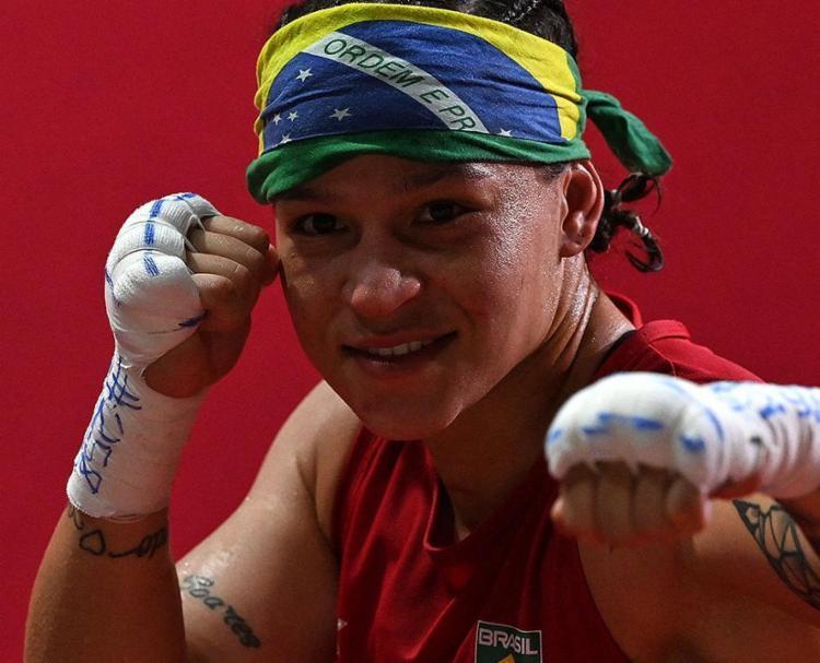 A| boxeadora baiana Beatriz Ferreira luta por mais uma medalha de ouro neste domingo, 8 | Foto: Luis Robayo | AFP - Foto: Luis Robayo | AFP