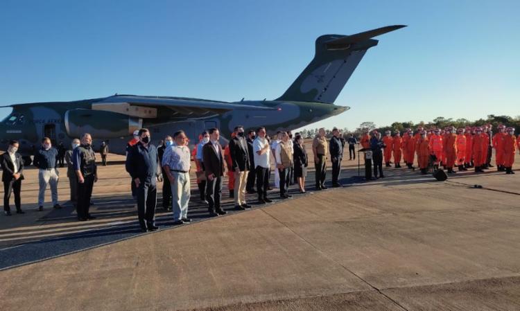 Avião da Força Aérea leva mais de 10 toneladas de insumos   Foto: Reprodução   TV Brasil - Foto: Reprodução   TV Brasil