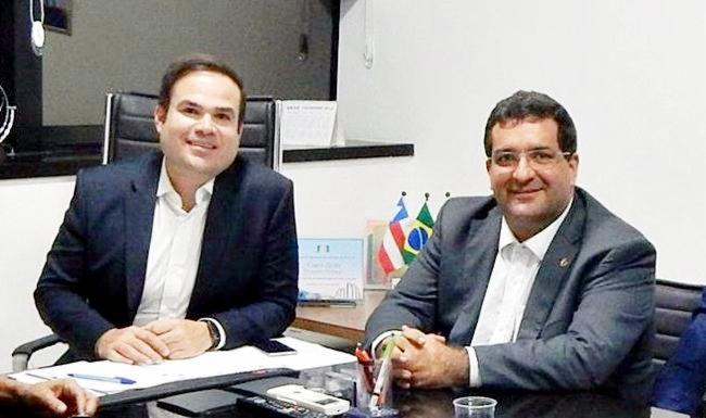 Os deputados do PP, Cacá Leão e Antonio Henrique Junior, comemoraram a ampliação do equipamento