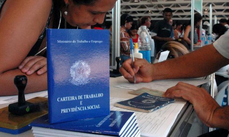 País tem 14,44 milhões de pessoas sem ocupação, recorde para o período | Foto: Marcello Casal Jr | Agência Brasil - Foto: Marcello Casal Jr | Agência Brasil