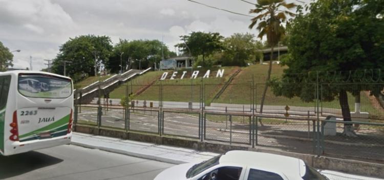 Suspeito, junto com a esposa, oferecia falsamente automóveis que supostamente iriam a leilão por valores abaixo do mercado | Foto: Reprodução | Google Street View - Foto: Reprodução | Google Street View