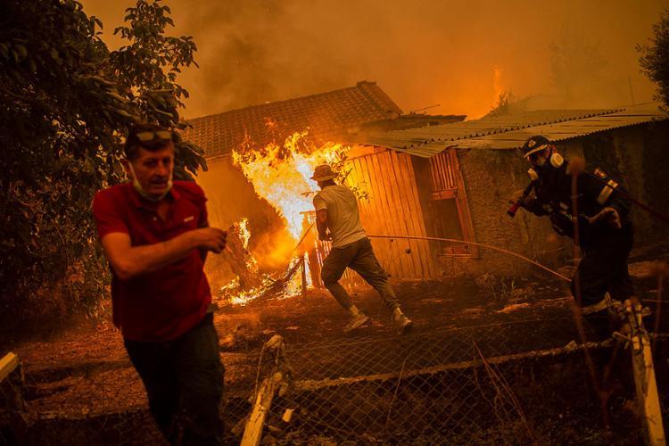 O Dixie é o maior incêndio florestal ativo nos Estados Unidos | Foto: Angelos Tzortzinis | AFP - Foto: Angelos Tzortzinis | AFP