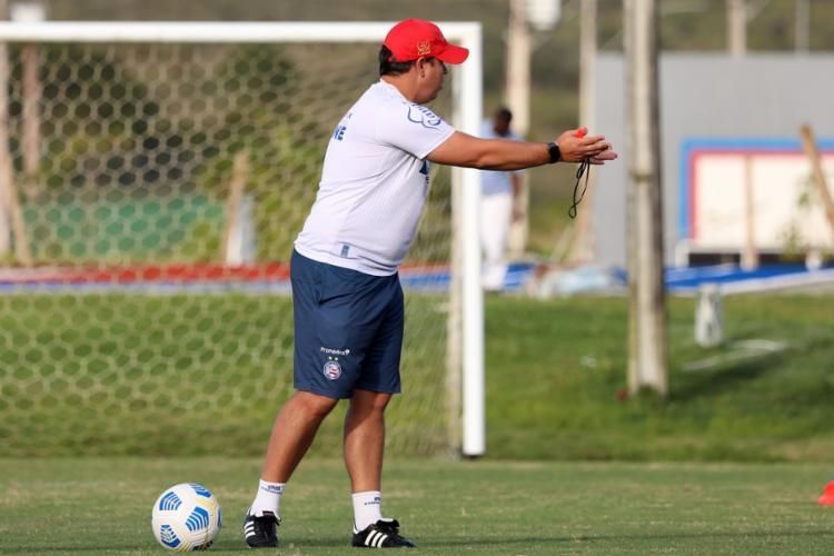Sem vencer há seis jogos, Dado Cavalcanti é pressionado no comando técnico tricolor | Foto: Felipe Oliveira | EC Bahia - Foto: Felipe Oliveira | EC Bahia