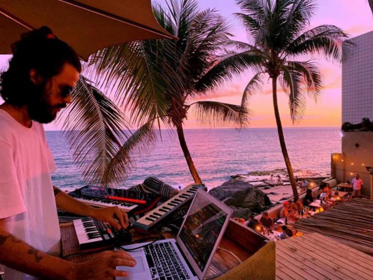 Evento acontecerá ás 19h, no Blue Praia Bar, localizado no Rio Vermelho. - Foto: Divulgação|