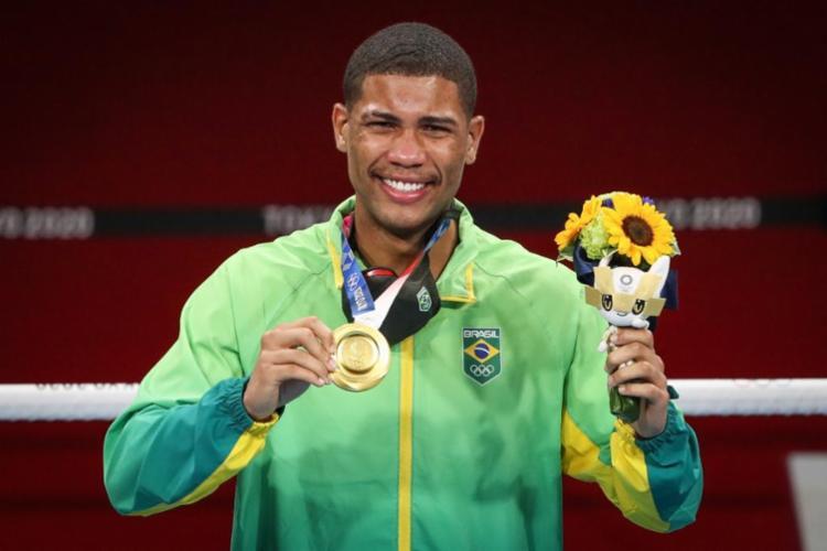 Hebert se tornou o segundo brasileiro (e também baiano) da história a conquistar uma medalha de ouro no boxe | Foto: Divulgação - Foto: Divulgação