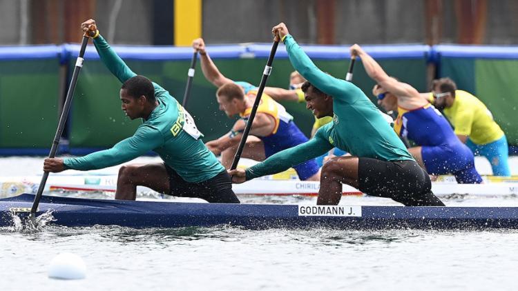 Isaquias Queiroz e Jacky Godmann tentam pódio na canoagem velocidade em dupla (C2 1000 m) | Foto: Luis Acosta | AFP - Foto: Luis Acosta | AFP