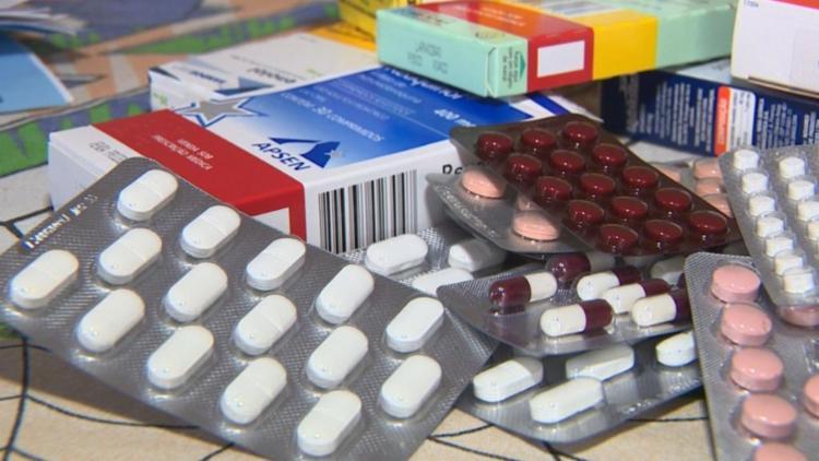 30 toneladas de fármacos que serviriam no tratamento de diversas doenças precisaram ser incinerados - Foto: Arquivo | Agência Brasil