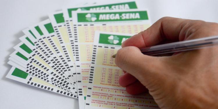 As dezenas sorteadas foram: 02 - 03 - 25 - 39 - 42 - 49 | Foto: Divulgação - Foto: Divulgação