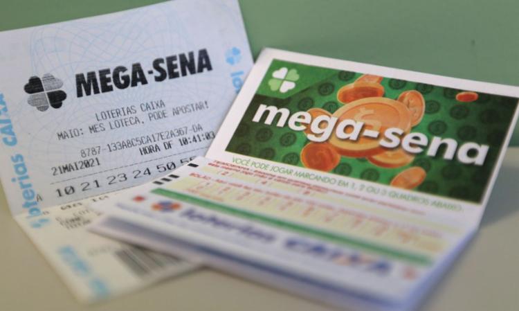 A aposta mínima, com seis dezenas marcadas, custa R$ 4,50 | Foto: Tânia Rêgo | Agência Brasil - Foto: Tânia Rêgo | Agência Brasil