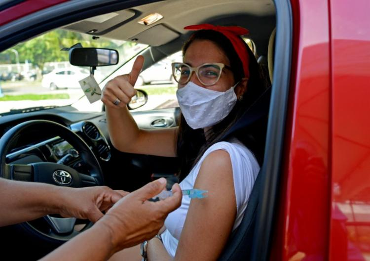Faixa etária da vacinação em Salvador segue diminuindo | Foto: Shirley Stolze | Ag. A TARDE - Foto: Shirley Stolze | Ag. A TARDE